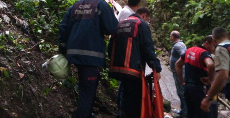Ordu'da fındık işçileri kaza yaptı :1 ölü, 14 yaralı