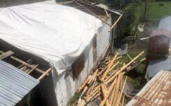 Artvin'de fırtına: 28 ev, 12 ahır ve 24 samanlık hasar gördü
