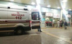 İzmir'de, seyyar çiçekçiler arasında bıçaklı 'yer' kavgası: 3 yaralı