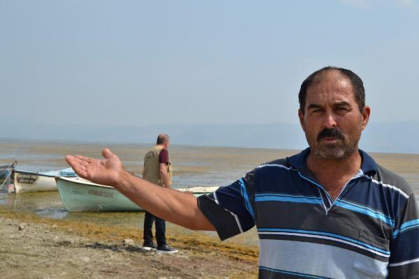 Marmara Gölü'nde su seviyesi sıfırlandı, balıkçılık durdu