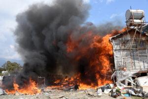 Yemek yapmak için yakılan ateş barakaya sıçradı, 10 koyun, 15 keçi ve 1 köpek öldü