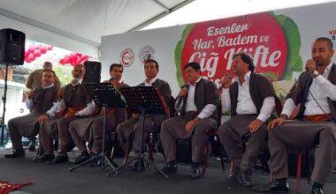 Esenler'deki festivalde 5 ton çiğ köfte, 15 ton nar ve 1 ton badem ikram edildi